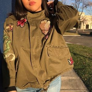 H&M⚡️ Embroidered Jacket
